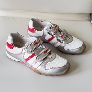 NWT Geox Respira Sport White & Pink Sneakers Sz 3